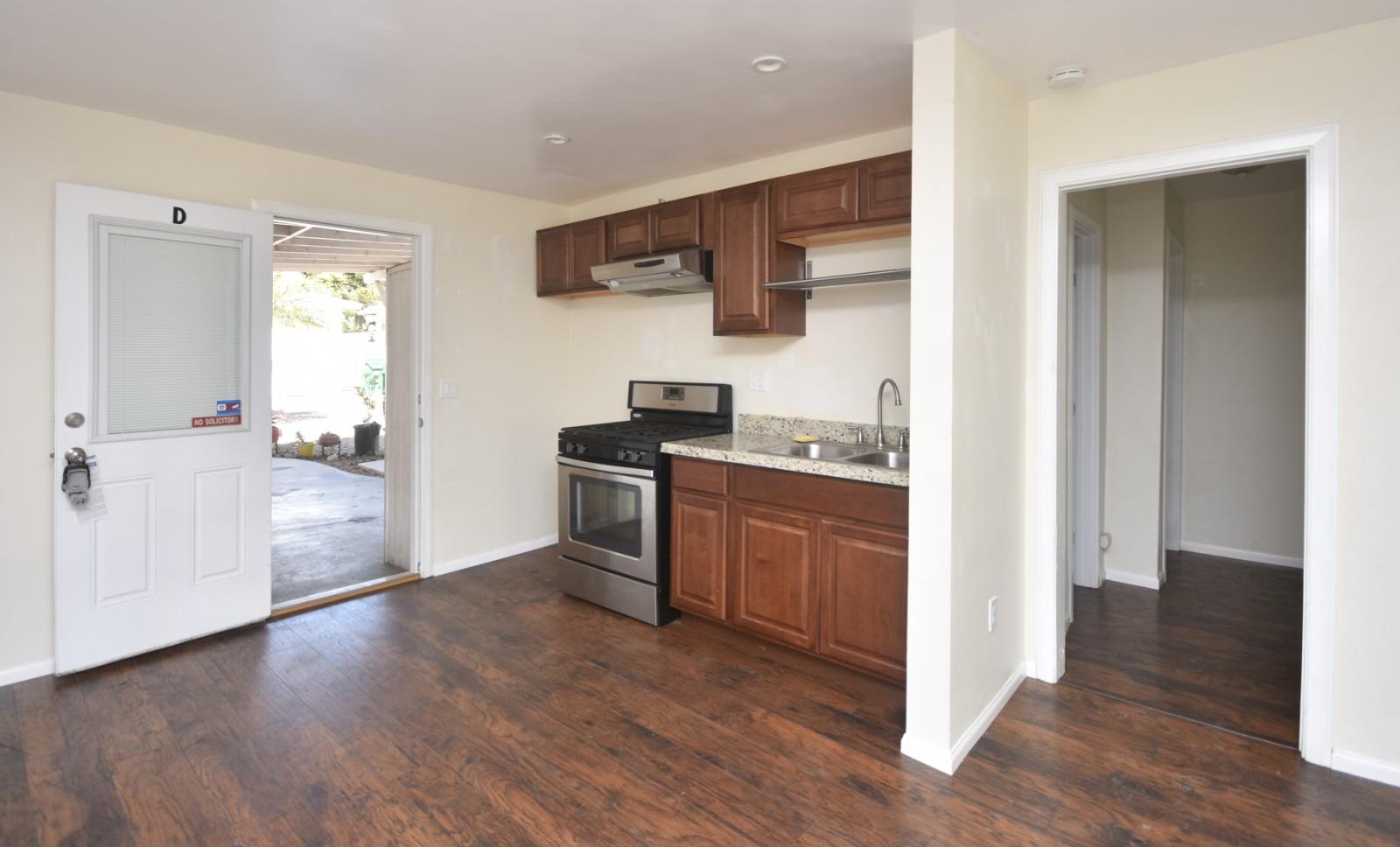 3237 Madison St, Carlsbad, CA 92008