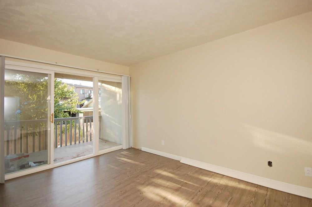 381-391 Oak Ave, Carlsbad, CA 92008