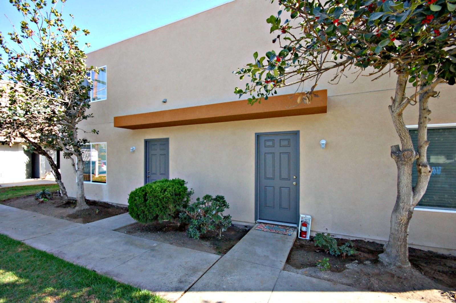 965 Laguna Drive, Carlsbad, CA 92008
